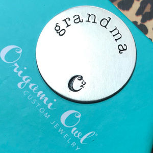 4 for $25 Origami Owl Lg Silver Grandma Plate 3D